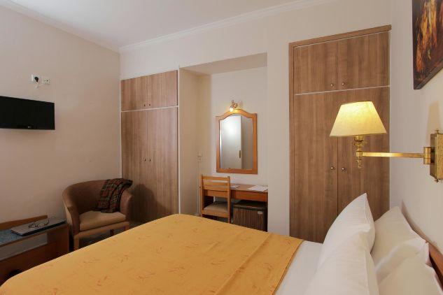 Single-Double_Room2